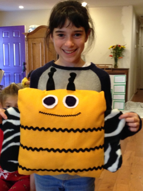5th Grade Bee Pillow