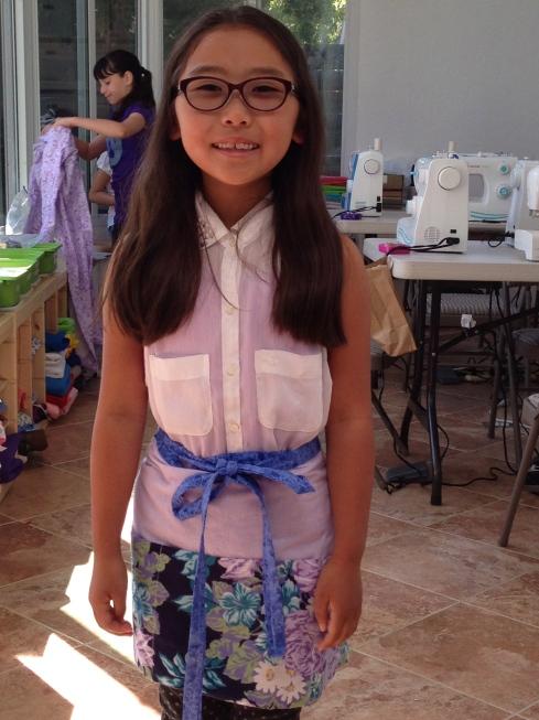 3rd grader apron.
