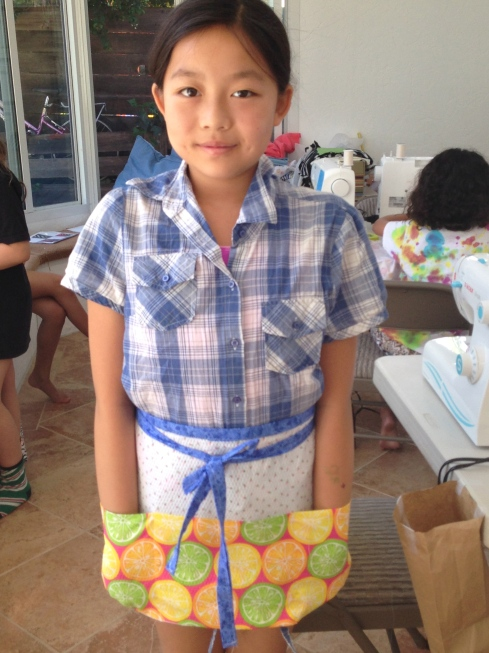 6th grader apron