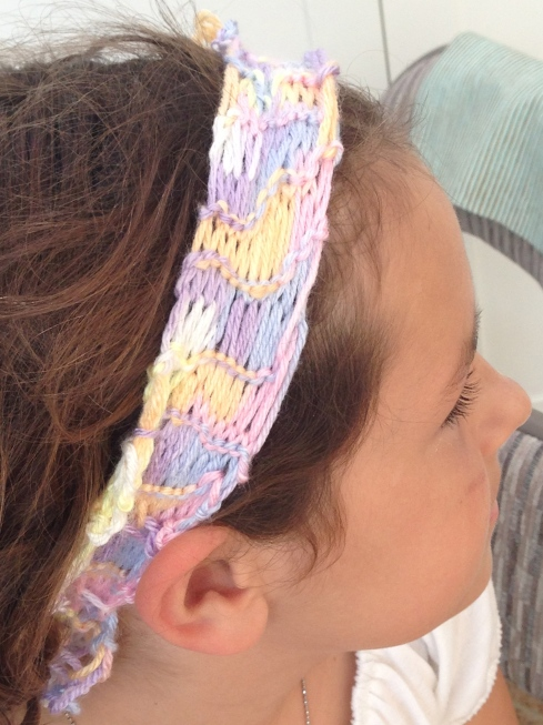 Side view of headband.