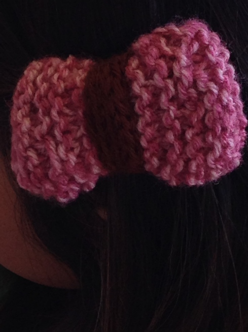 Hair bow by a new knitter.  Great job!