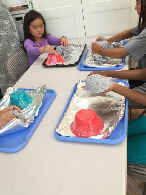 Making Paper Pulp Bowls.
