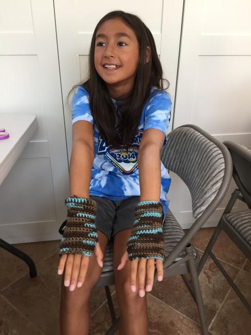 Crochet wrist warmers complete.  YEAH!!!